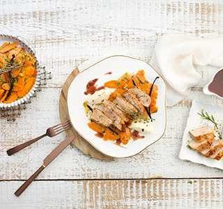 Ibérico Lomo Rückensteak mit Steinpilzbutter und Vanille-Karotten